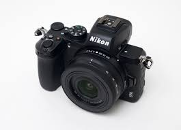 Nikon Z 50 mirrorless fotocamera digitale (solo corpo macchina)