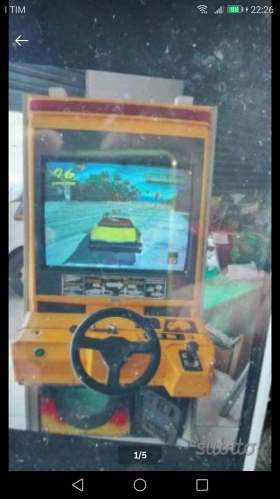 Videogioco arcade crazy  taxy